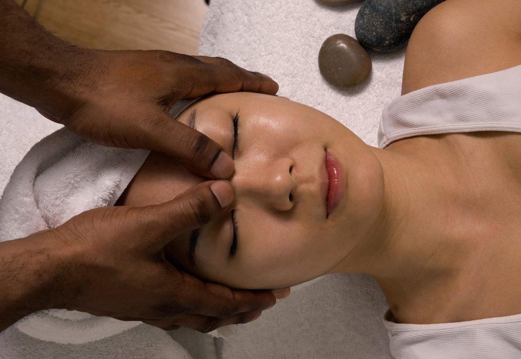 masaje facial kobido